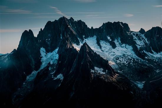 瑞士冰川5年减10%:已有超500座冰川消失-第1张图片-IT新视野