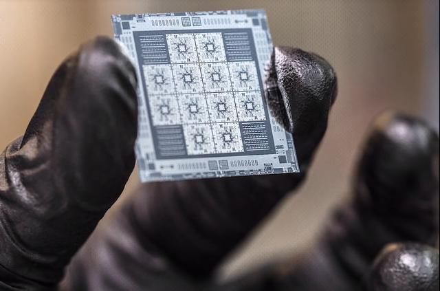 中芯国际14纳米生产线正式投产-第1张图片-IT新视野