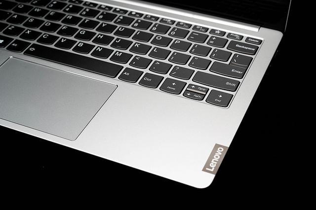 联想小新Pro13.3:全新改进的金属轻薄本-第2张图片-IT新视野