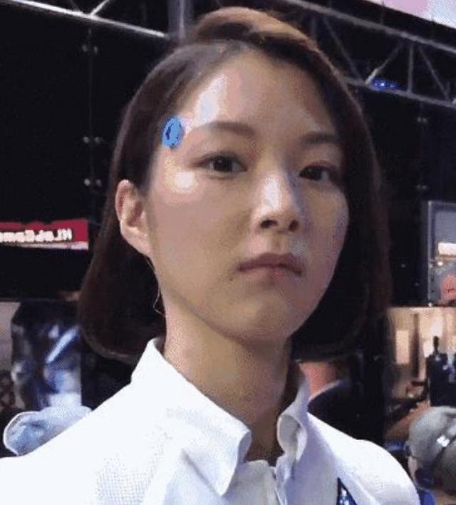 日本美女机器人妻子功能强大,皮肤拥有温度,体内藏有奥秘-第1张图片-IT新视野