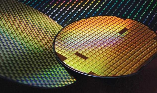 中国2nm芯片关键技术破冰,14纳米生产线量产将突破-第1张图片-IT新视野