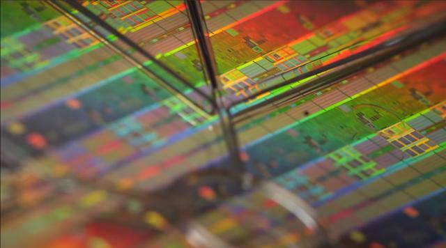 14纳米芯片量产后,中芯国际再斥76亿元采购半导体设备-第2张图片-IT新视野