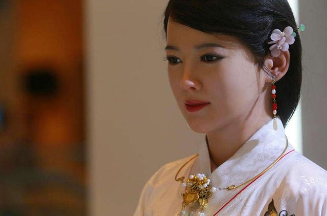 日本推出女性机器人,内部构造跟想象中大相径庭-第1张图片-IT新视野