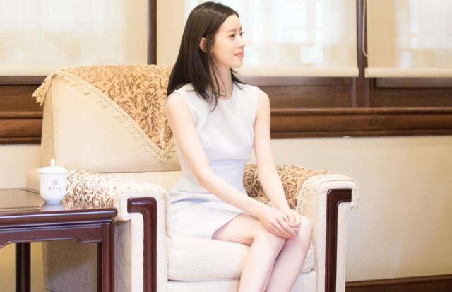 刘强东宣布退出京东后,和老婆章泽天再开新公司,网友:是真爱了-第2张图片-IT新视野