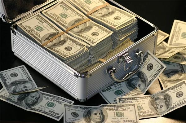 亚马逊创始人贝索斯成疫情最大赢家!日赚19亿-第1张图片-IT新视野