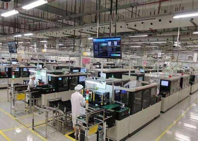 华为关闭在美的57家工厂后,引发失业员工抗议游行-第2张图片-IT新视野