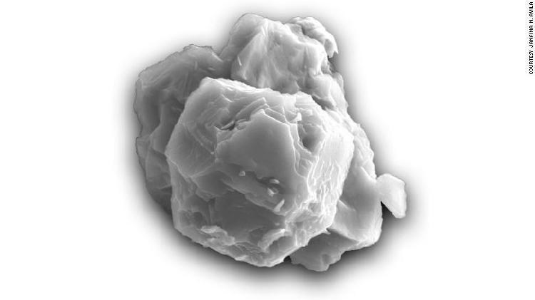 在澳大利亚陨石内侧发现的星际尘埃有着惊人的70亿年历史-第1张图片-IT新视野
