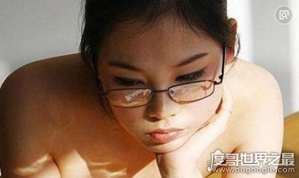 盘点中国十大人体艺术美女模特,为艺术献身的裸模-第5张图片-IT新视野