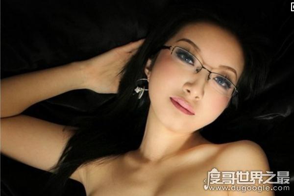 盘点中国十大人体艺术美女模特,为艺术献身的裸模-第6张图片-IT新视野