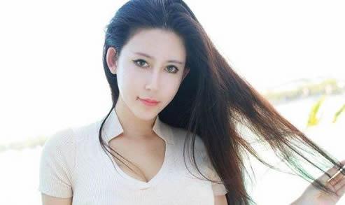 上海车模李雅照片:网红李雅15部曲及个人资料图片-第1张图片-IT新视野