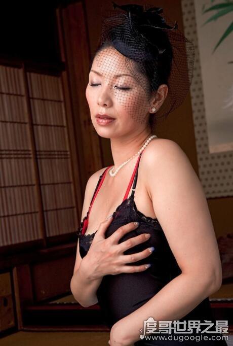 日本第一熟女女王,翔田千里的经典作品推荐-第3张图片-IT新视野