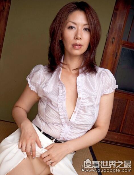 日本第一熟女女王,翔田千里的经典作品推荐-第2张图片-IT新视野