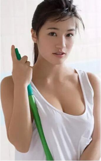日本最受欢迎的女优:高桥圣子-第3张图片-IT新视野