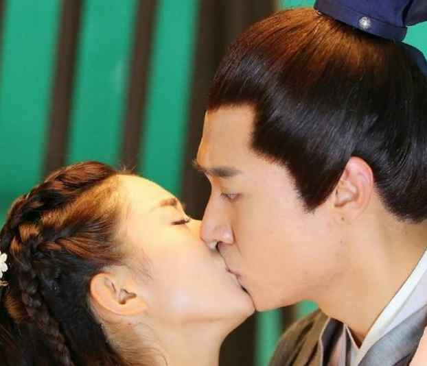 如何接吻更有感觉 接吻时男生的生理反应-第2张图片-IT新视野
