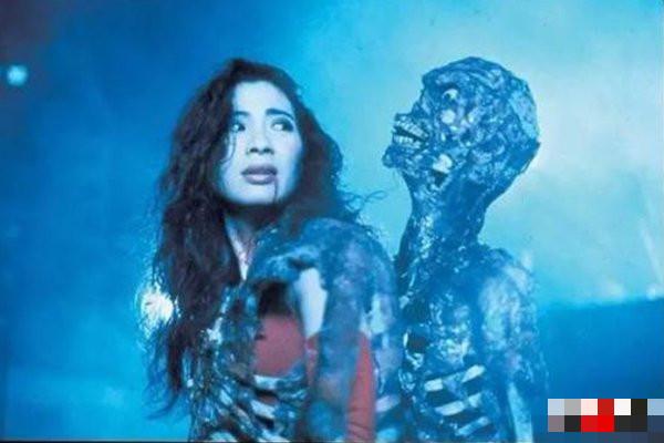 世界上真的有鬼存在吗?揭秘有鬼跟着的八大症状-第1张图片-IT新视野